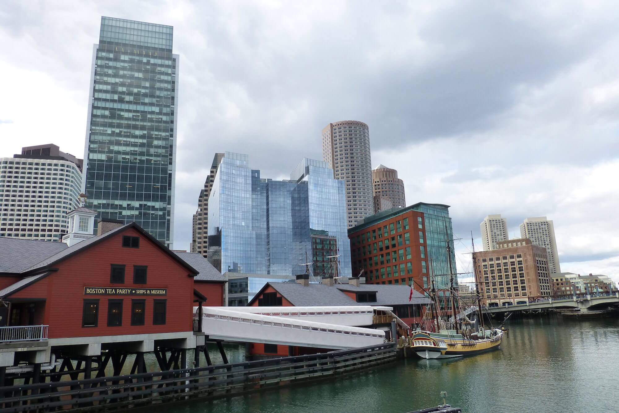 Boston Harbour, Boston tea Party