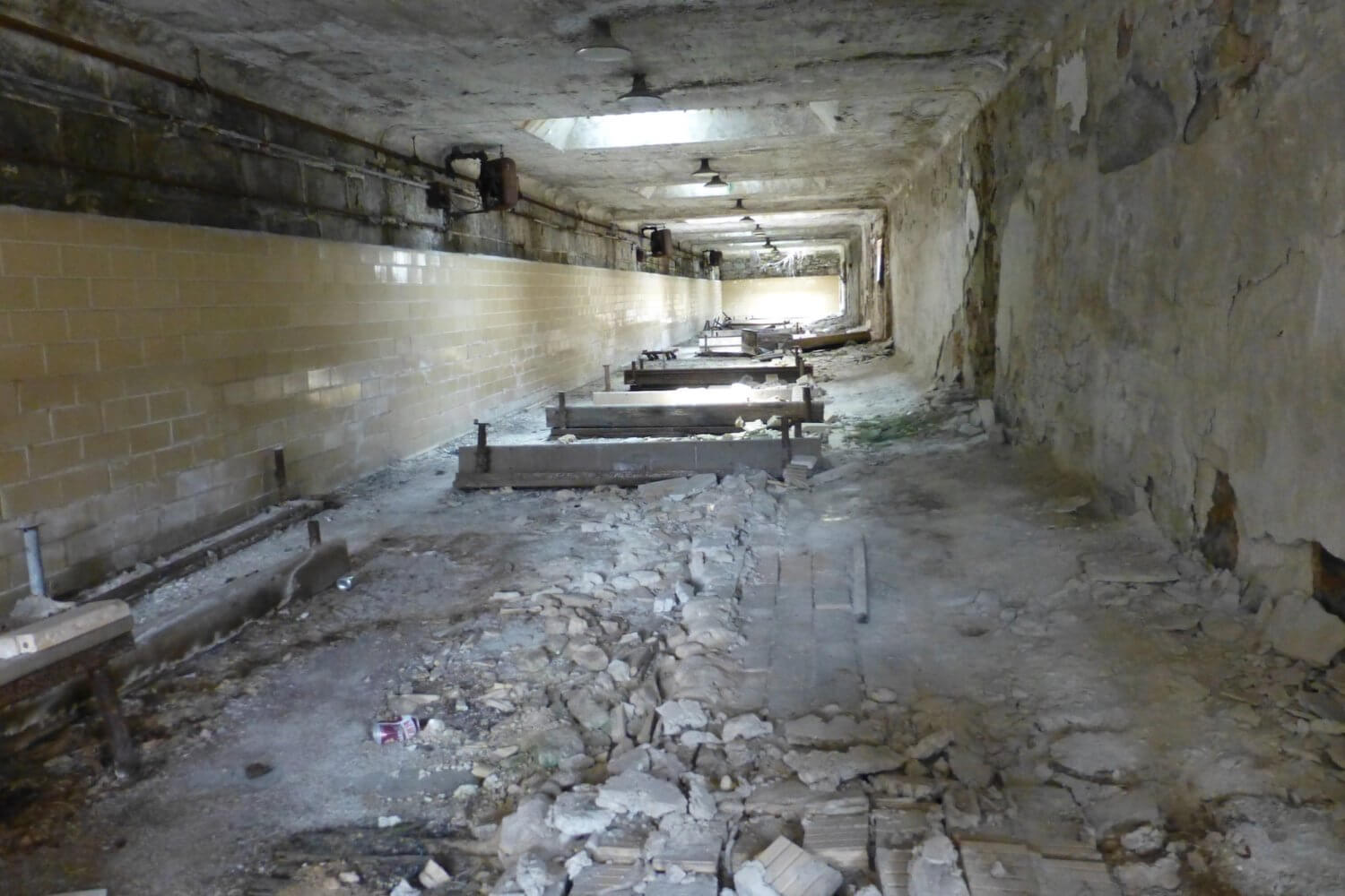 eastern state penitentiary mess all in ruins