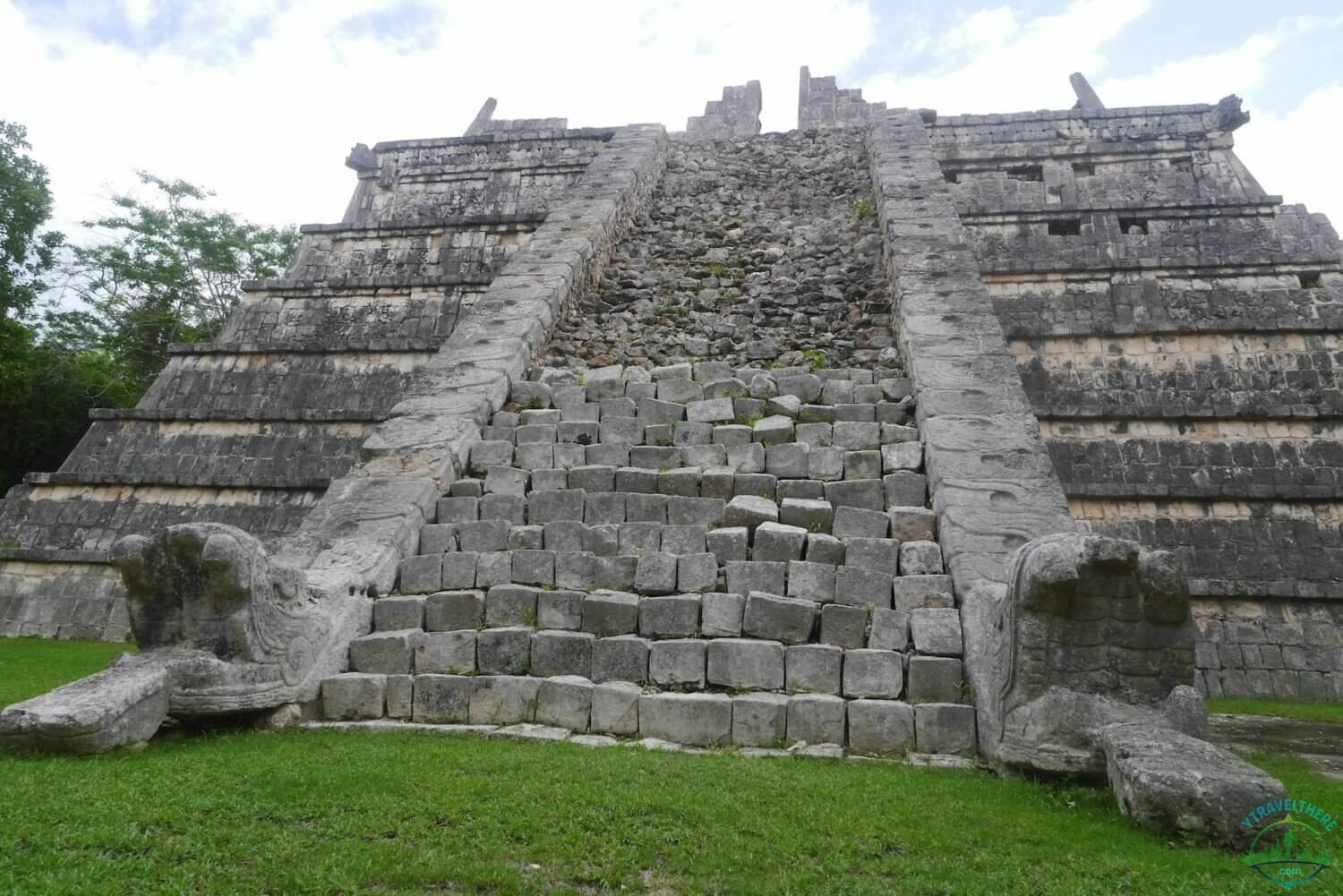 osario temple chicen itza
